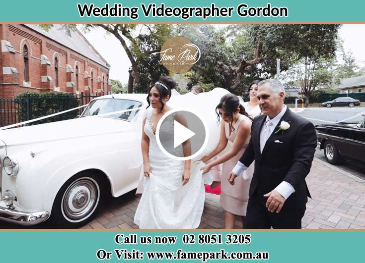 The Bride and her family going to the wedding venue Gordon NSW 2072