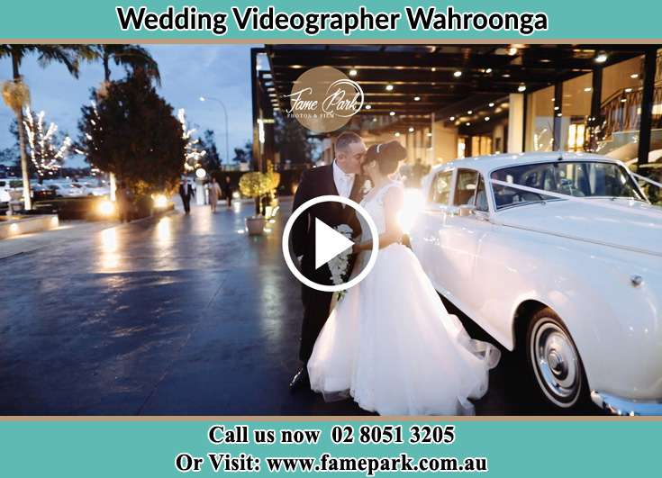 The newlywed kissing Wahroonga NSW 2076