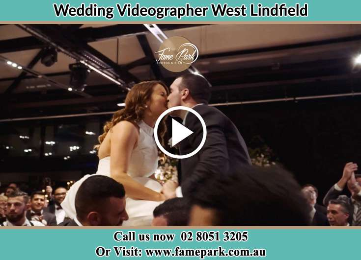 The newlywed kisses West Lindfield NSW 2070